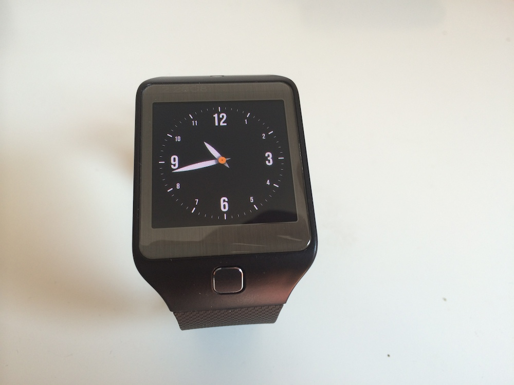 Photo of Test: GEAR 2 NEO, ceasu' cu calculator
