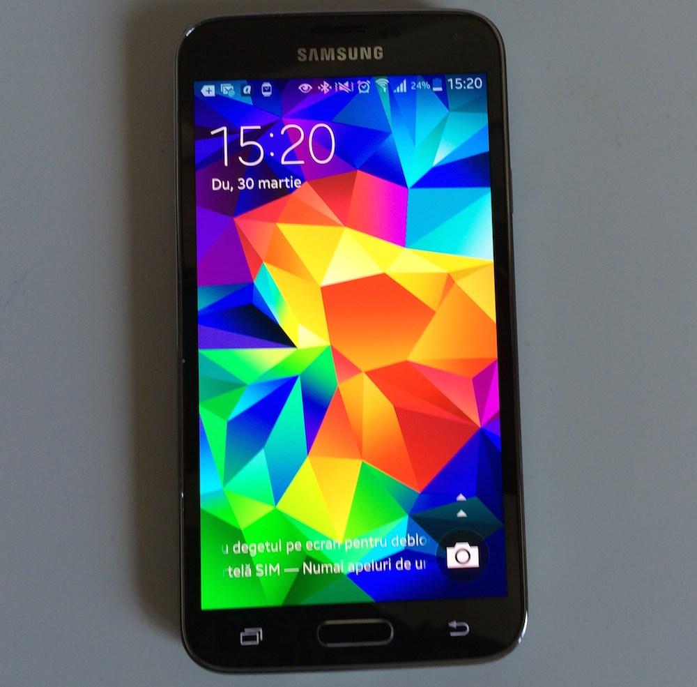 Photo of Samsung Galaxy S5 Mini scapat pe net! Nu pe jos, pentru ca nu exista inca. Oficial.