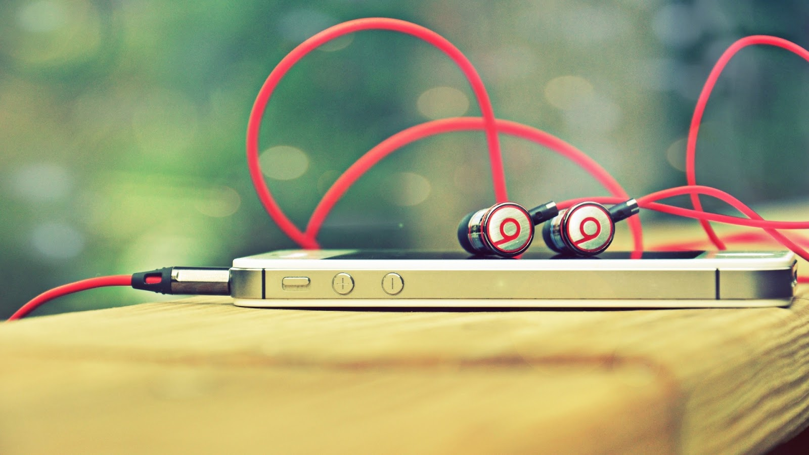 Photo of Apple + Beats = Love Forever