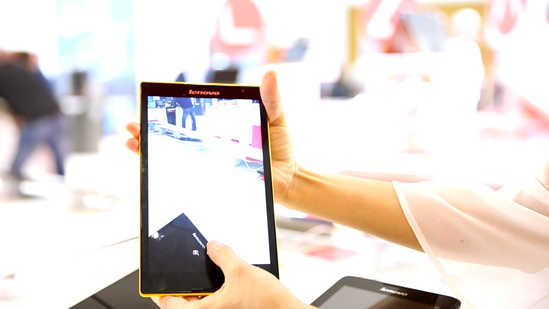Photo of Lenovo Tab S8-Puternica, eleganta, accesibila si…pe 64 de biti!
