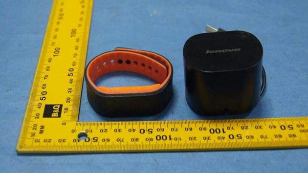Photo of Smartband-ul Lenovo iti deblocheaza de la distanta PC-ul