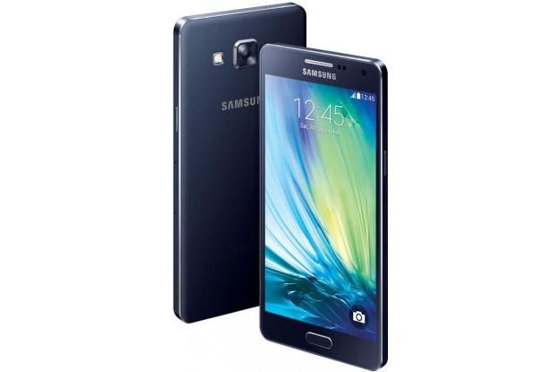 """Photo of Specificatiile """"scurse pe net"""" ale lui Samsung Galaxy A7 sunt peste categoria din care face parte"""