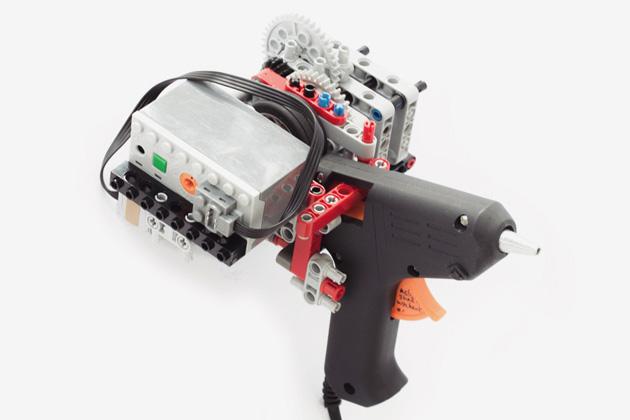 Photo of Imprimare 3D cu un pistol de lipit și piese Lego