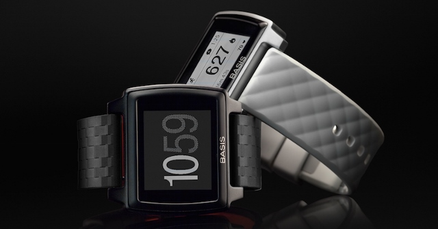 Photo of Smartwatch-urile Intel isi ard la propiu cumparatorii