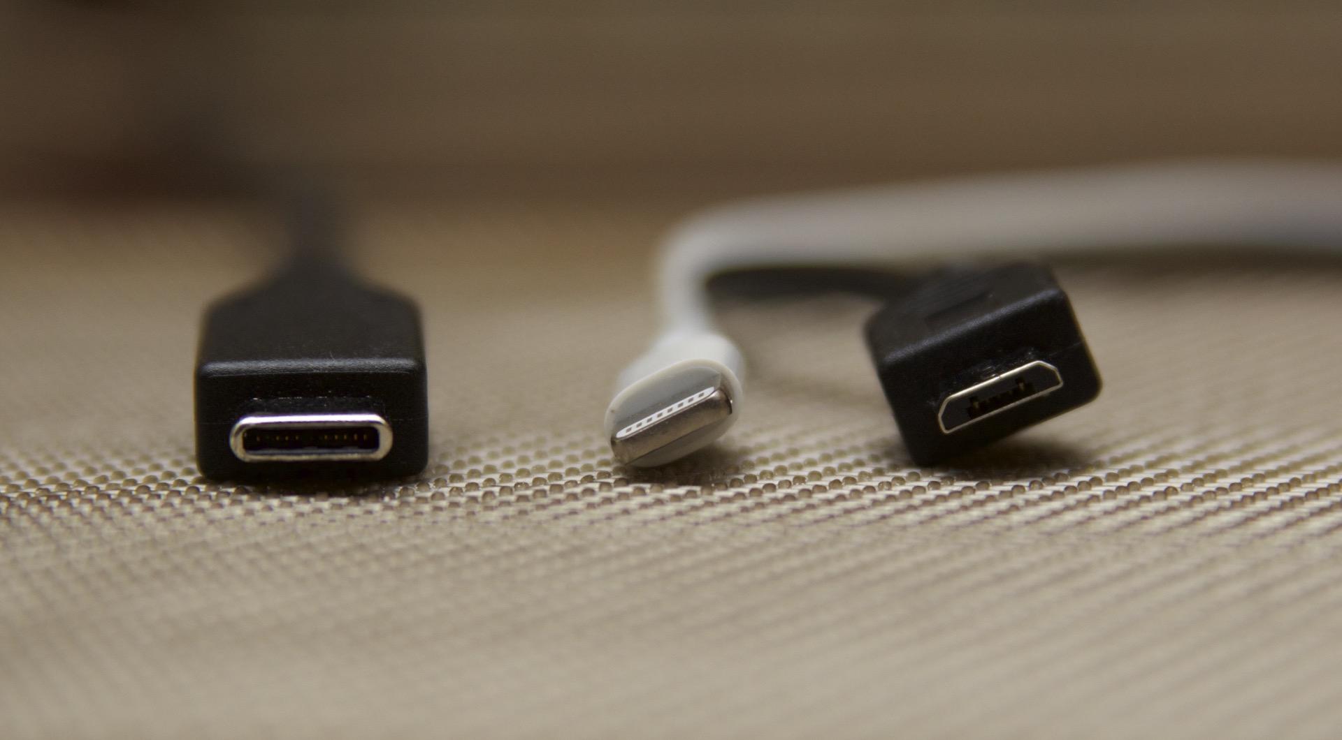 Photo of Apple nu mai este un sistem închis, cel putin din punct de vedere al… incarcatoarelor