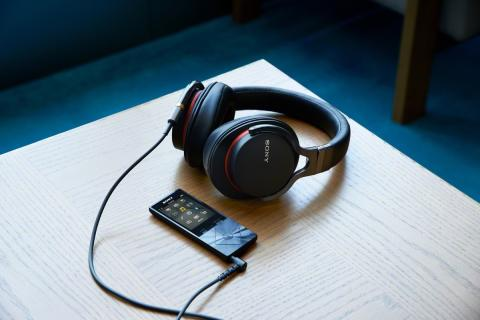 Photo of Exista viata dupa Beats? Da: Sony MDR-1aDAC!