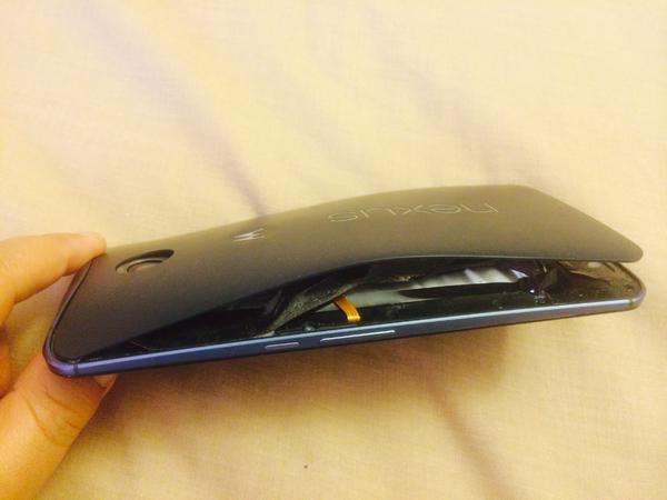 Photo of Google Nexus 6… explodeaza!