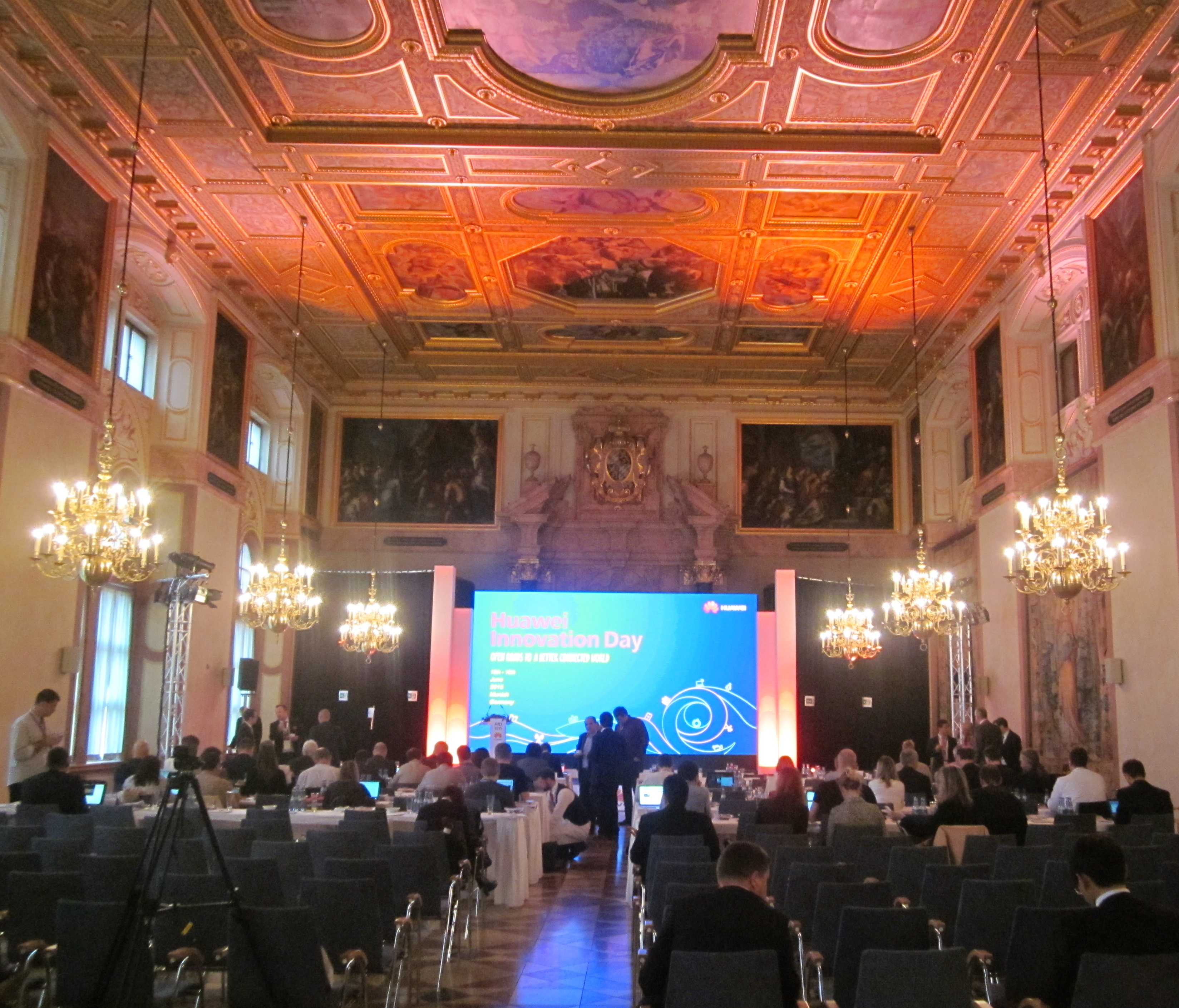 Photo of Huawei ajuta Europa sa inoveze! [VIDEO Included]