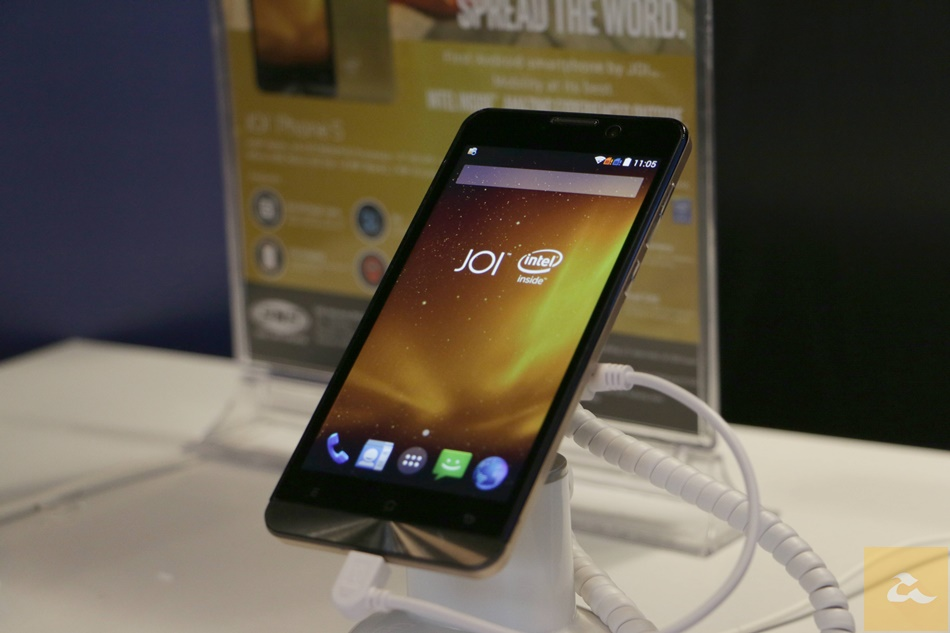 Photo of JOI Phone 5 este primul telefon care beneficieaza de Intel Atom x3!