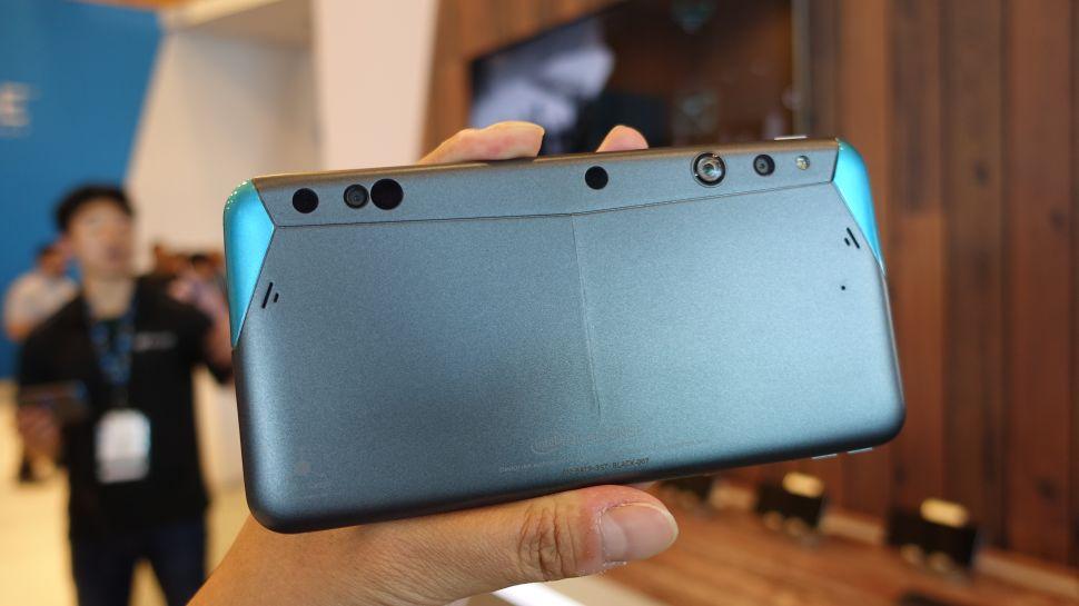 Photo of Google si Intel aduc RealSense pe telefoane