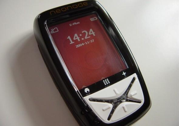 Neonode N1, telefonul ce avea Slide to Unlock înainte de Apple.