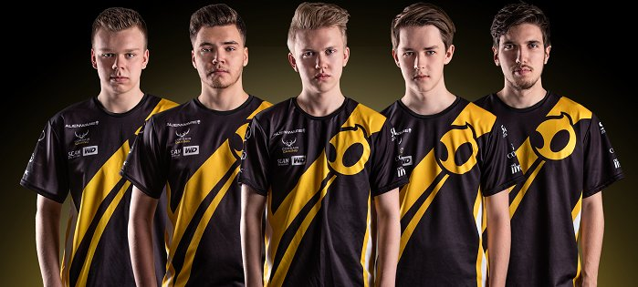 Photo of Team Dignitas scoate la vânzare echipele de League of Legends