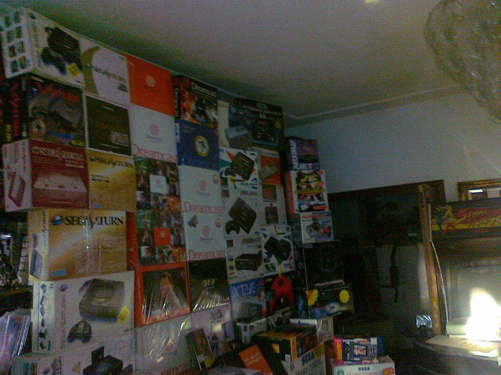 Photo of Doar in UK poti cumpara una din cele mai mari colectii de console