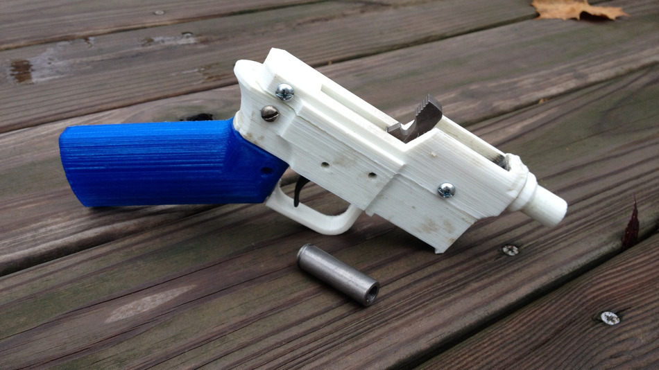 3D-Printed-Gun-with-ammo