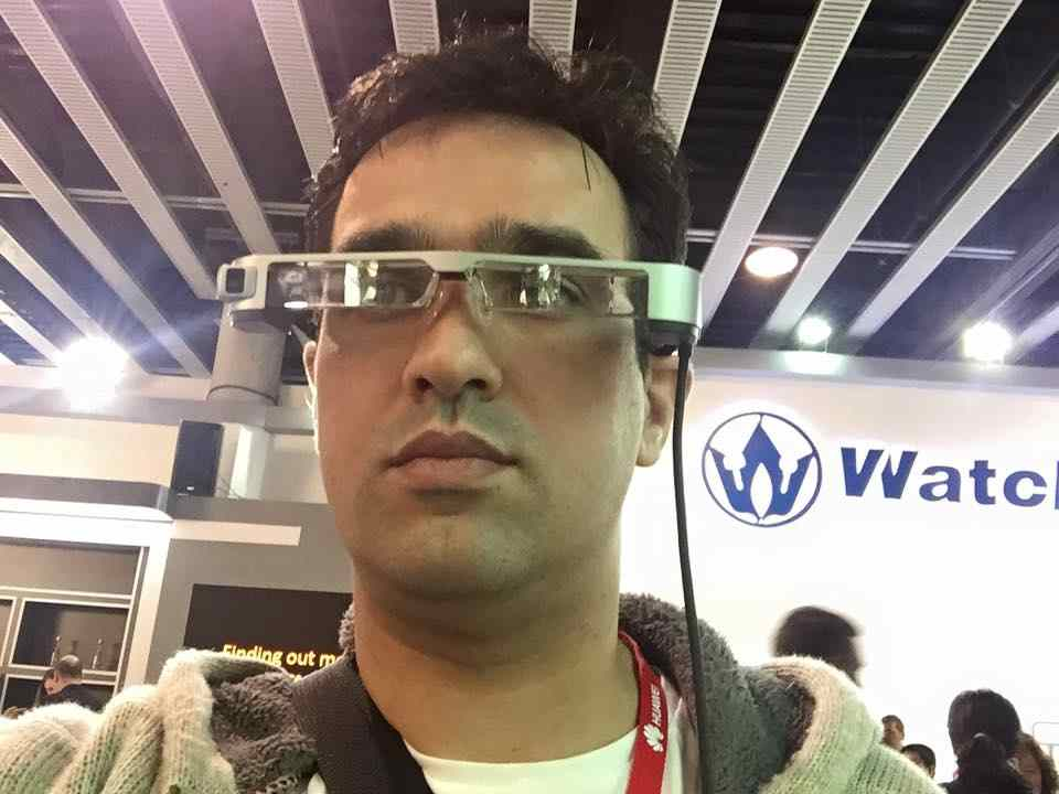 Photo of Epson Moverio incearca acolo unde Google Glass a renuntat