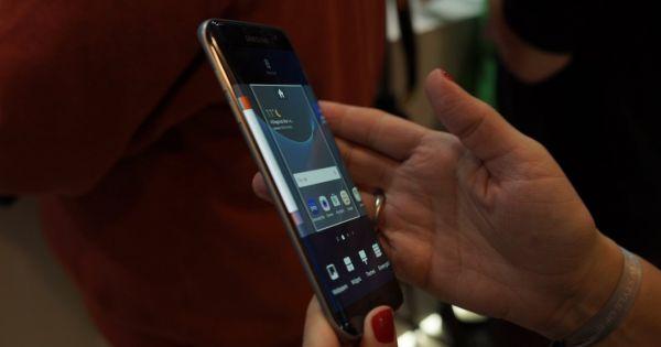 Laterala Galaxy S7 Edge la Mobile World Congress 2016