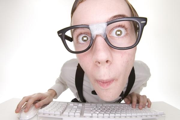 Photo of Te-ai pierdut intr-o conversatie tech? 13 termeni tech utilizati in industria de gaming si ce inseamna ei