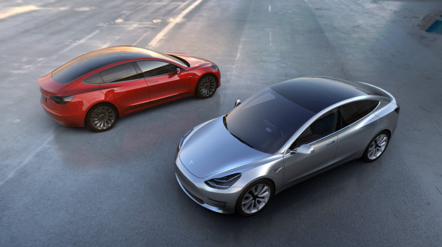 Photo of Primul model de Tesla Model 3 a fost produs