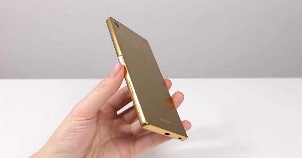 Review Sony Xperia Z5 Premium - Primul Smartphone 4K