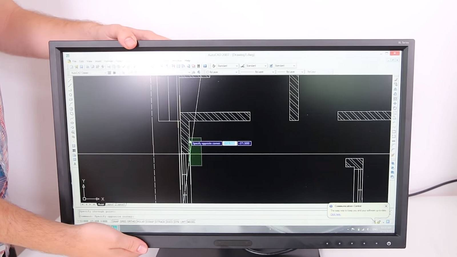 Photo of BenQ BL2420Z – un monitor destinat productivitatii