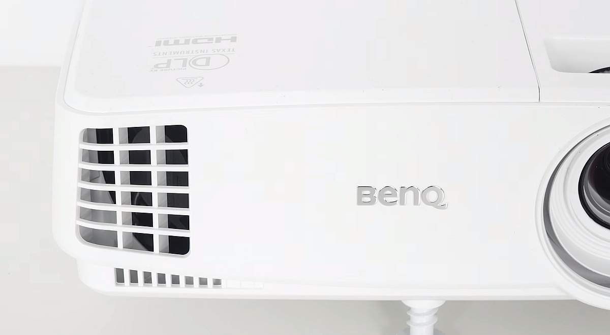 BenQ MH530