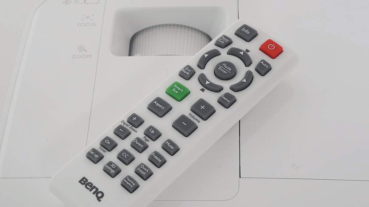 Review BenQ MH530 - Telecomanda