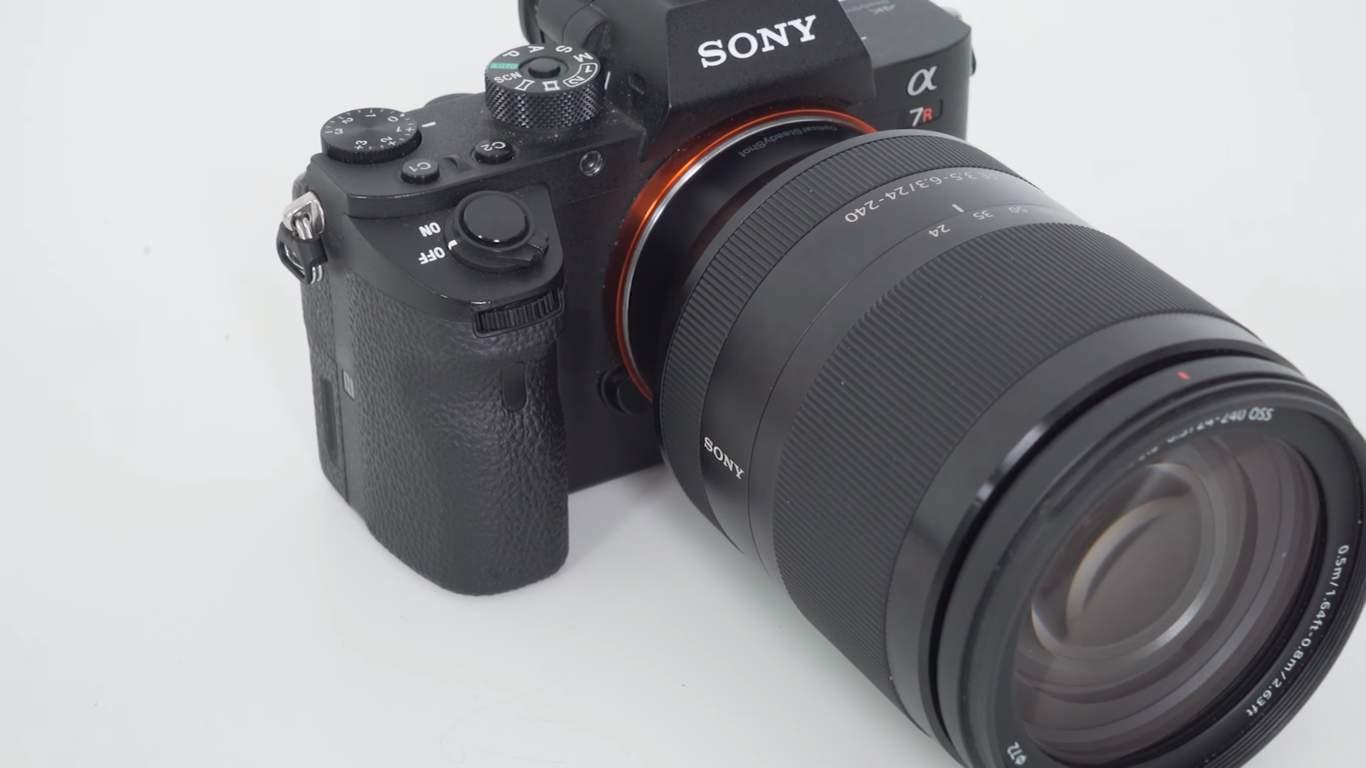 Sony Alpha A7R II 03