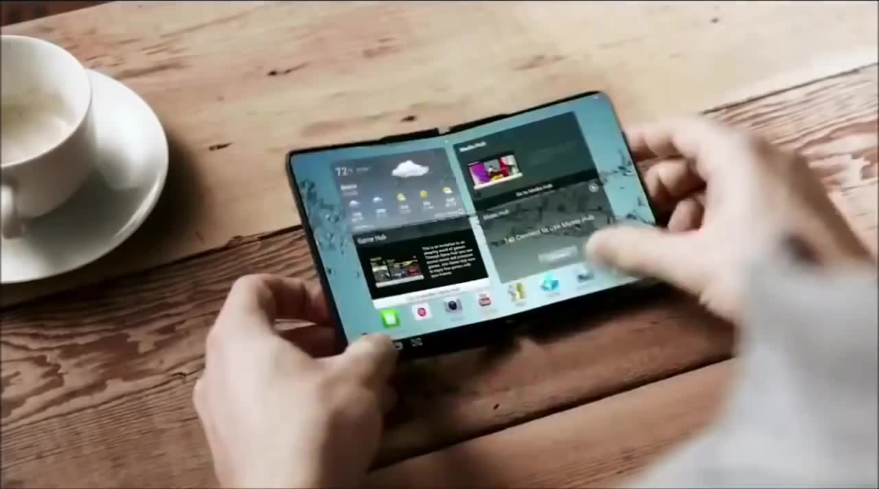 Photo of Samsung ar pregăti un telefon flexibil anul viitor