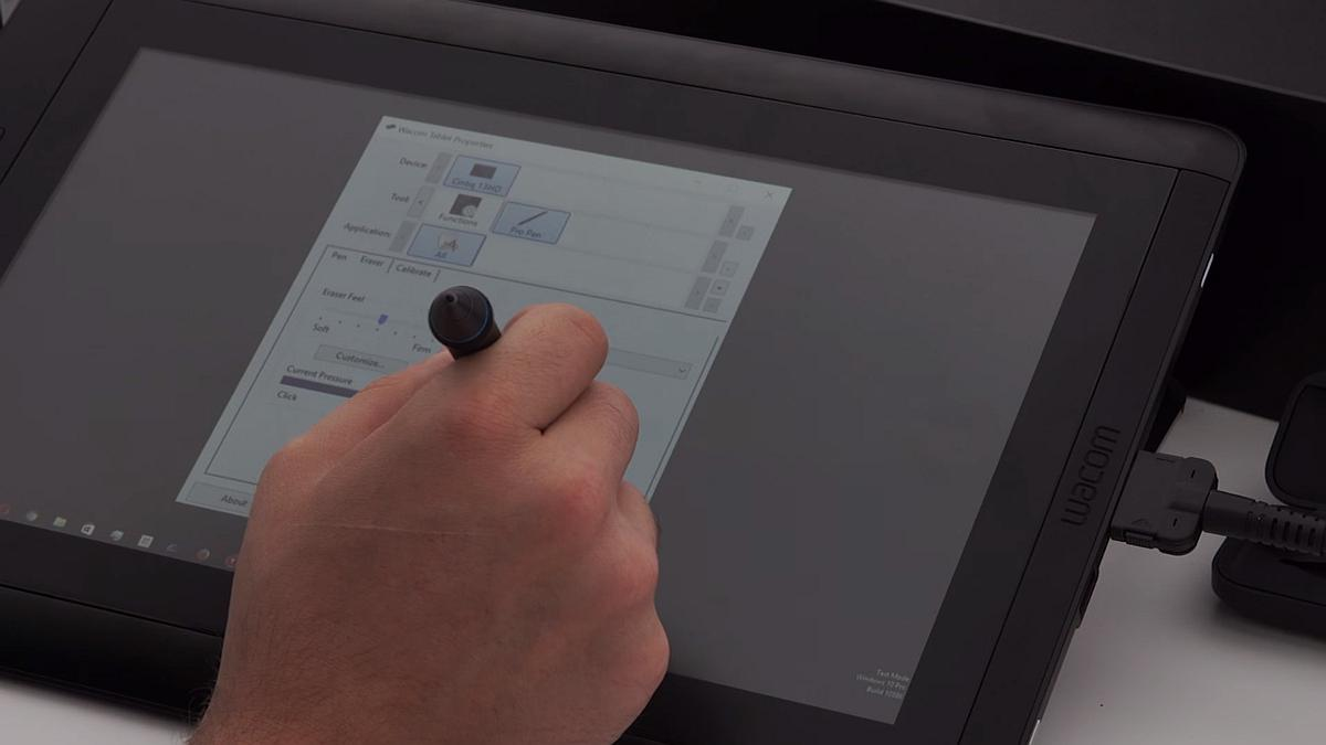 Photo of Recenzia tabletei profesionale Wacom Cintiq 13HD