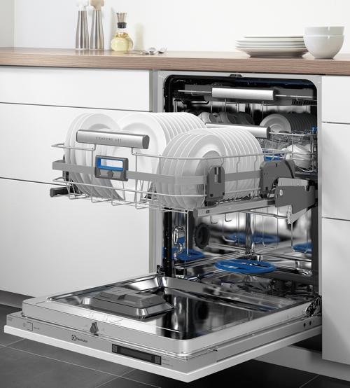 Photo of Noua mașină de spălat vase Electrolux ComfortLift – o super inovatie!