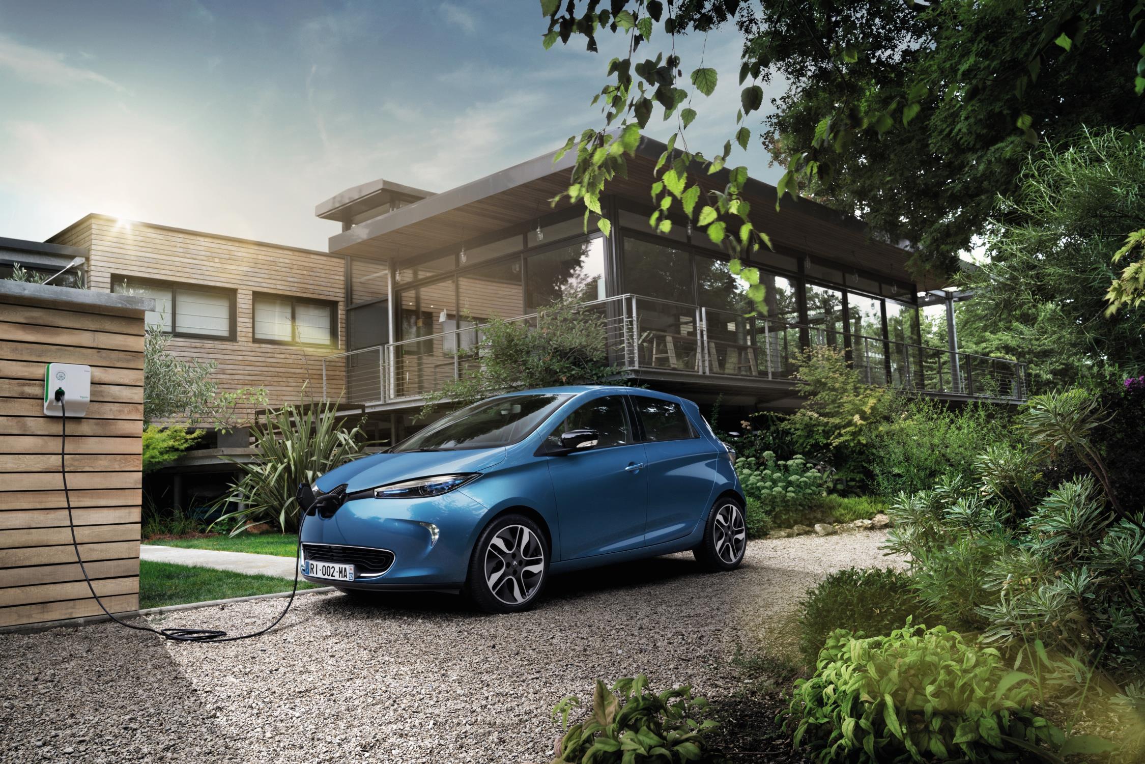 Merită să am mașină electrică în România?