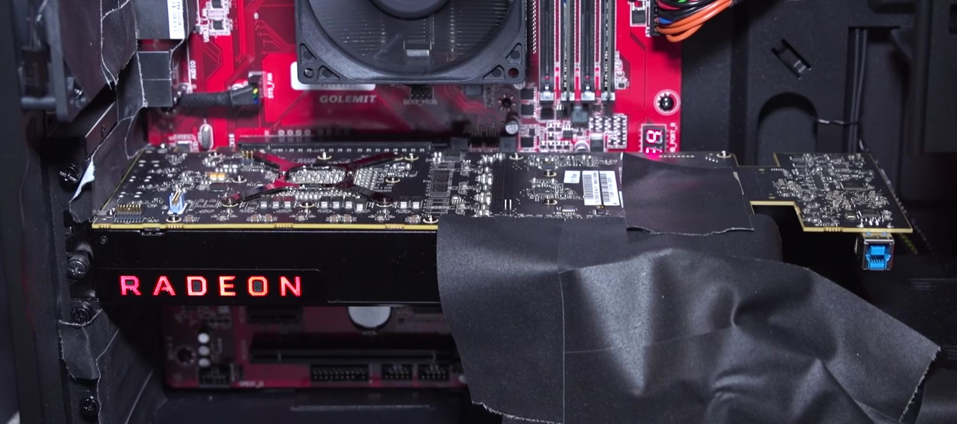 Photo of Radeon Vega arată bizar, dar din motive bune