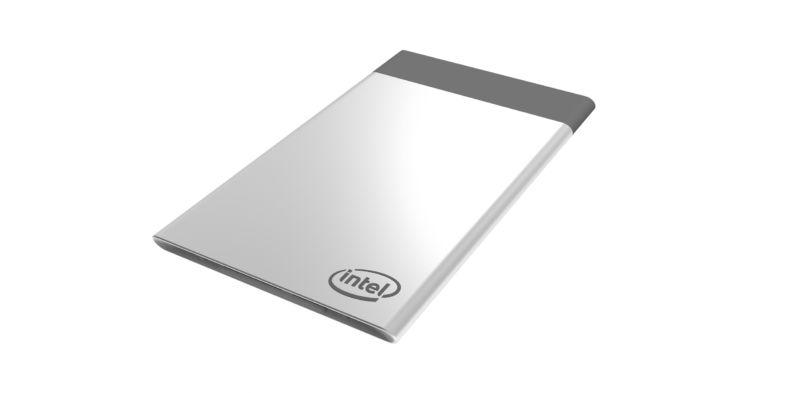 Photo of Intel a făcut un calculator care încape în portofel