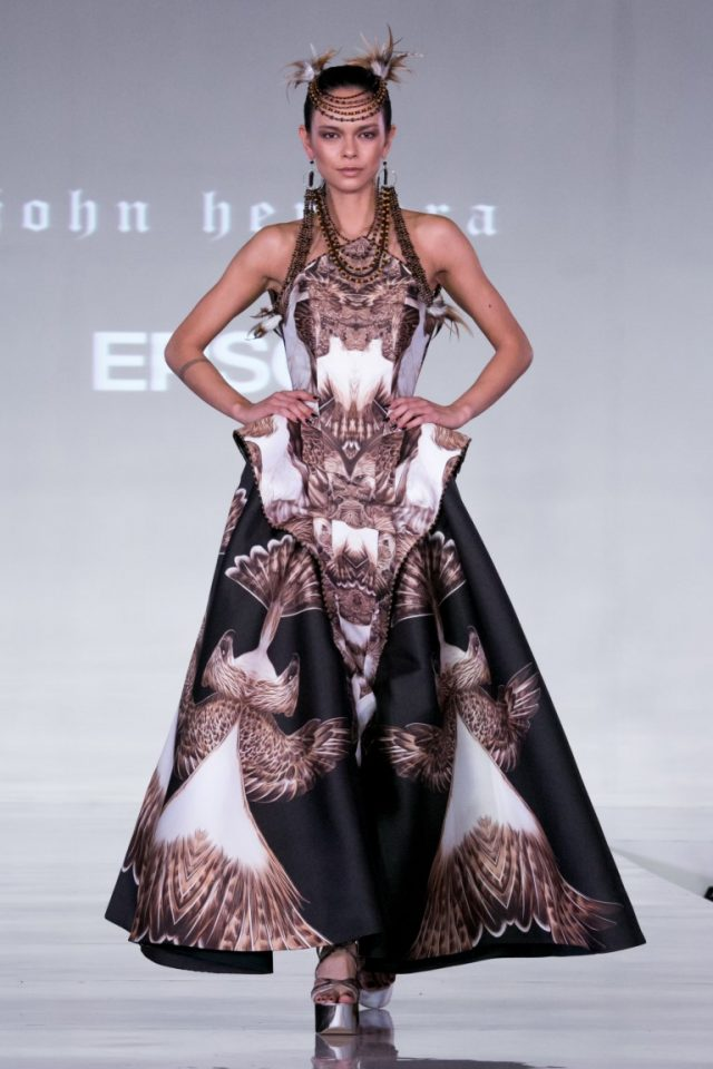 Haine haute couture facute la imprimante Epson la London Fashion Week