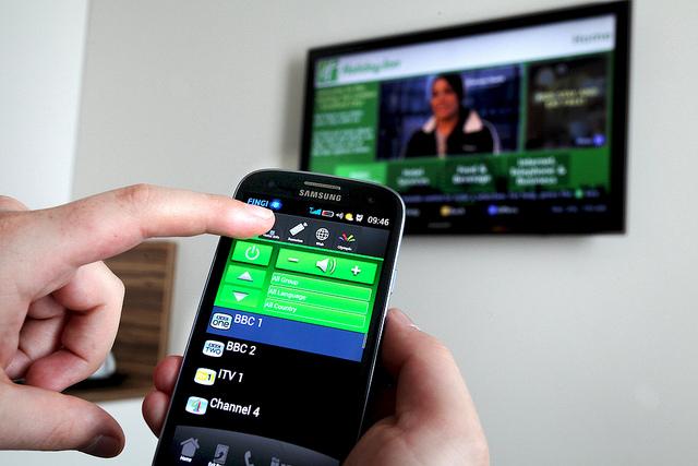 Photo of HDMI Wireless – Cum sa duplici ecranul telefonului, PC-ului sau al oricarui dispozitiv, folosind Miracast