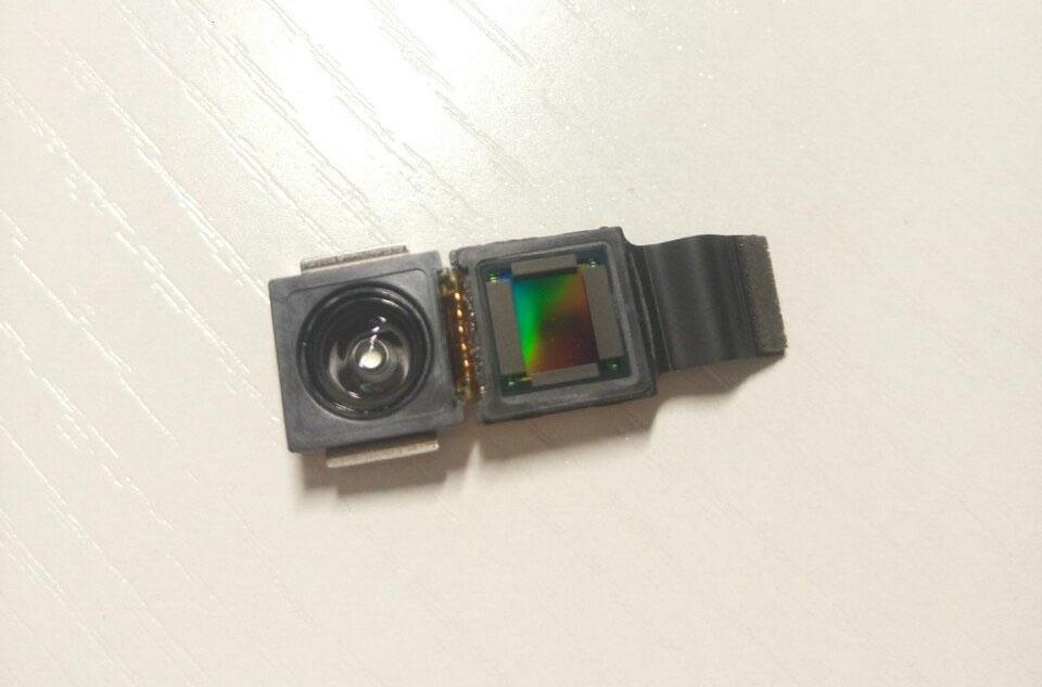 Photo of Cel mai nou zvon despre iPhone 8 arată modulul camerei 3D