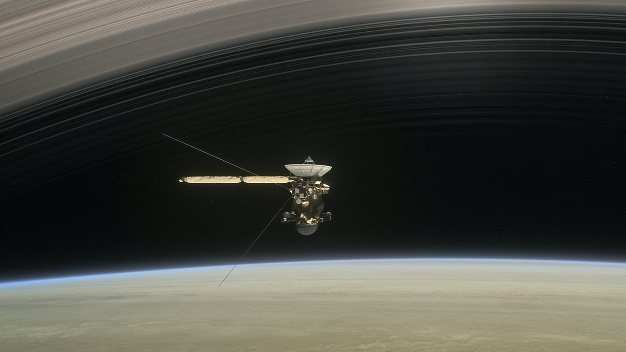 Photo of Sonda Cassini se va prăbuși astăzi în Saturn