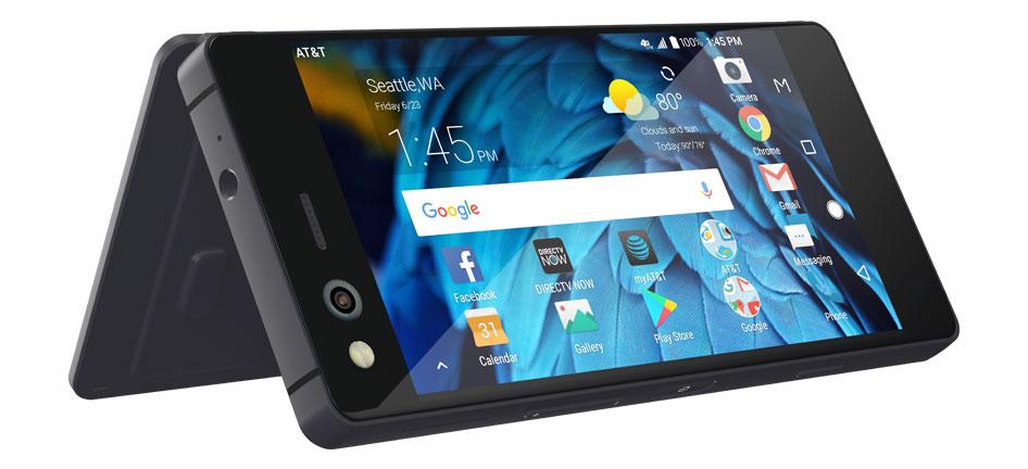 Photo of ZTE Axon M, telefonul cu două ecrane, a fost anunțat