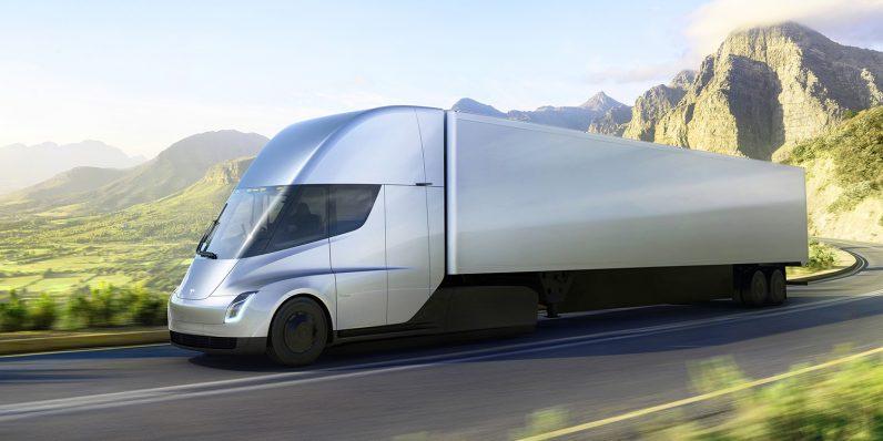 Photo of Camionul Tesla Semi a fost dezvăluit