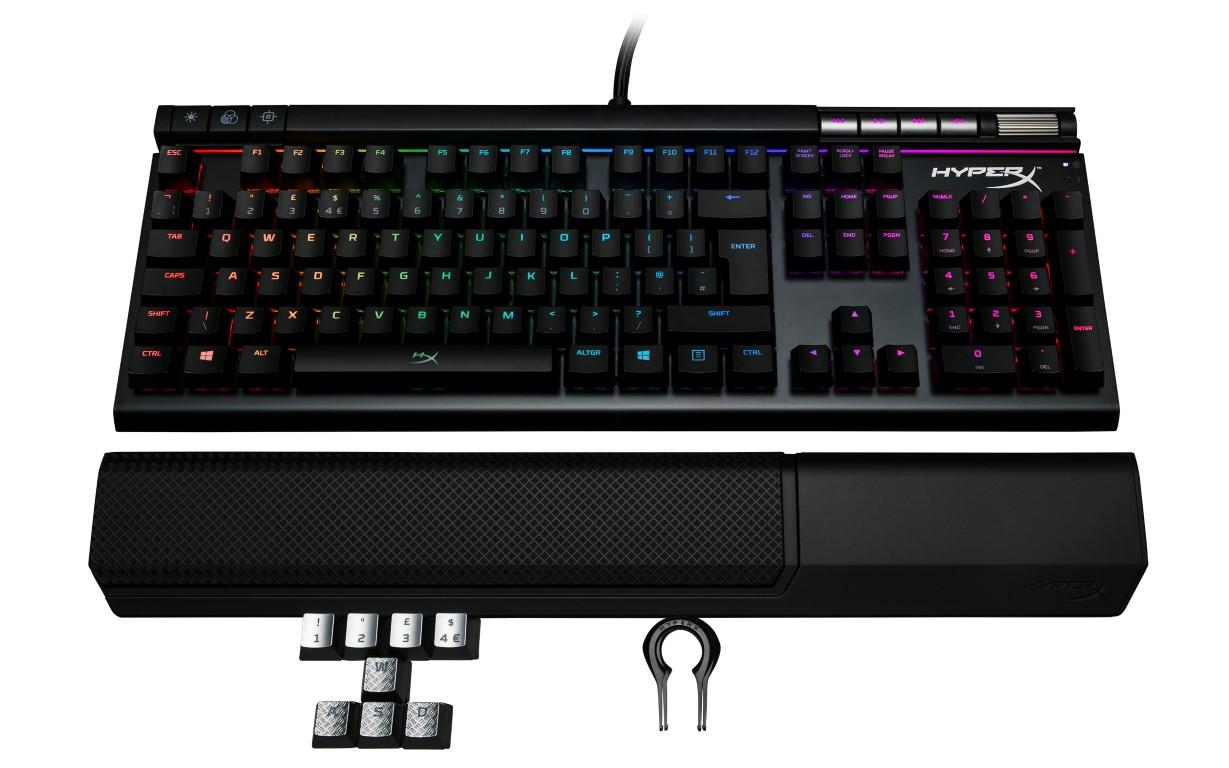 Photo of HyperX își extinde linia de gaming high-performance cu primele căști wireless și un nou kit de gaming RGB
