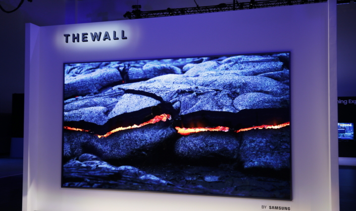 Photo of Samsung anunță The Wall, un televizor MicroLED modular de 146 inch