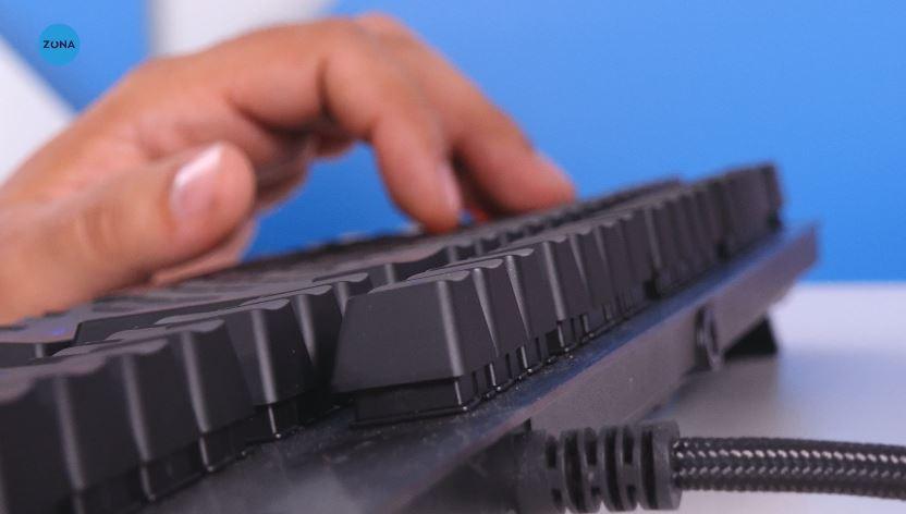 Photo of Review Logitech G513 Carbon (Tactil)