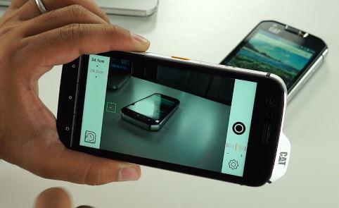 Photo of CAT S61 Review: Cu acest telefon ultra-rezistent măsori temperatura, distanța sau toxicitatea aerului!