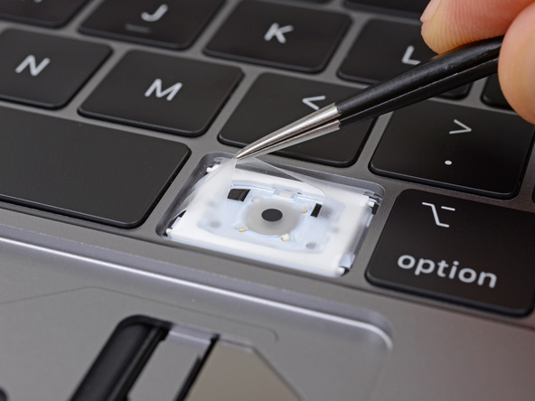 Photo of Noile modele de MacBook Pro au o membrană de silicon sub taste