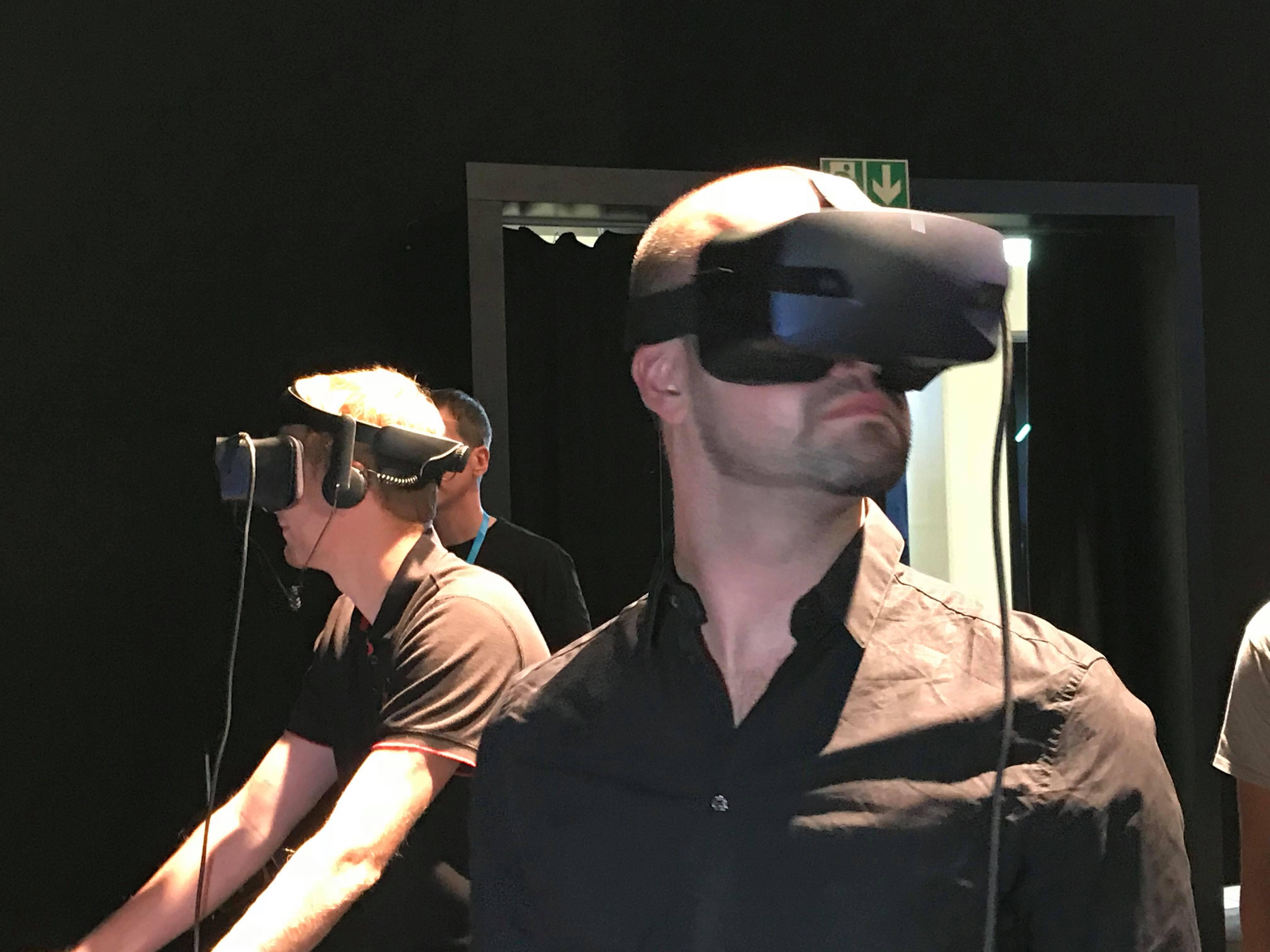 Nu este singura soluție de VR prezentată de către Acer la eveniment bf98c63896