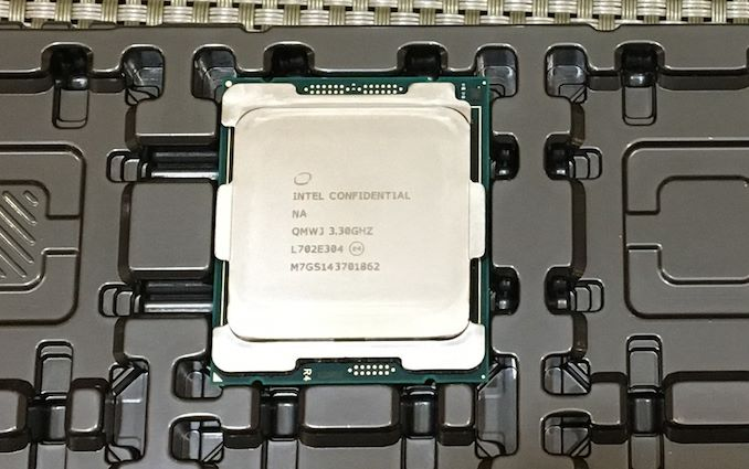 Photo of Intel anunță seria Basin Falls cu i9 9980XE la vârf