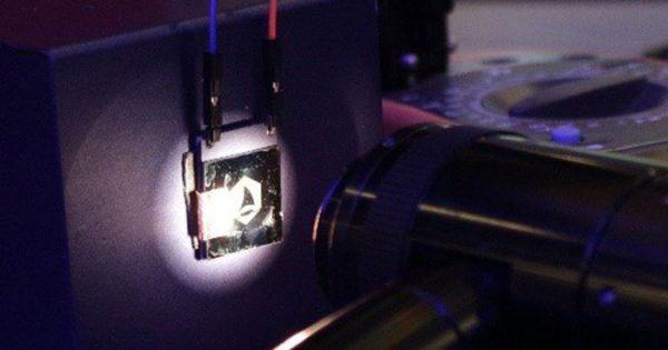 Ecrane de grafen de 400MHz sunt în curs de dezvoltare