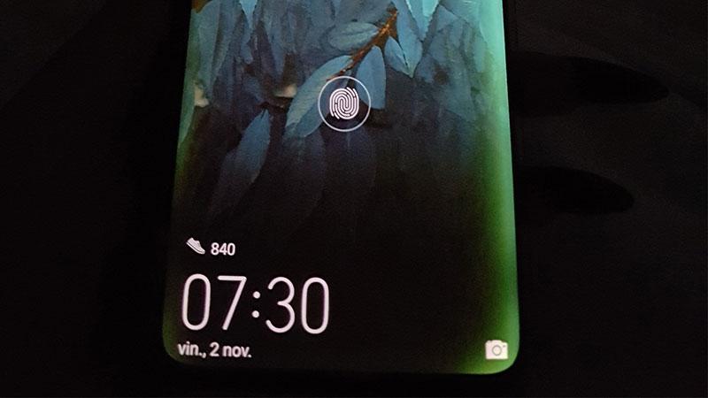 Photo of Huawei Finlanda va inlocui gratuit telefoanele Mate 20 Pro cu ecran defect