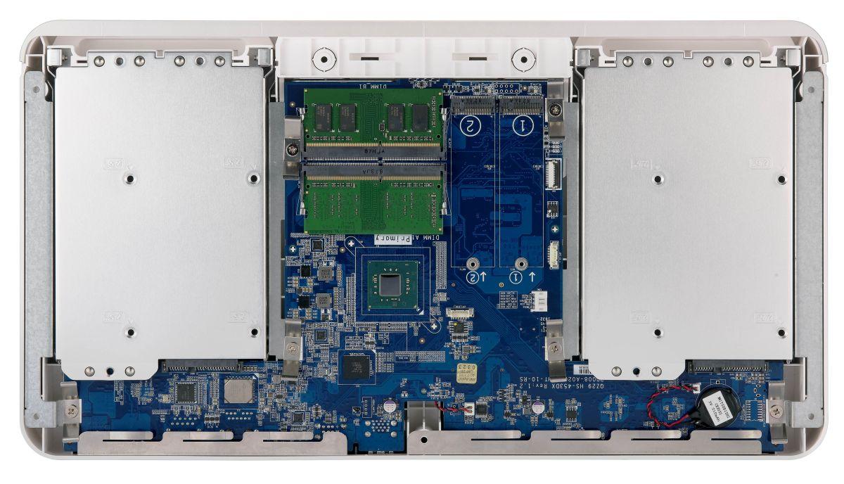 Photo of Noul QNAP Silent NAS (HS-453DX) pentru acasă oferă procesare quad-core, ieșire video 4K pe HDMI 2.0, M.2 SSD Caching și conexiune 10GbE