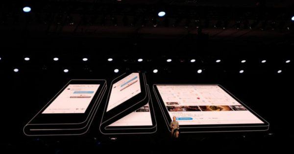 Samsung render telefon pliabil